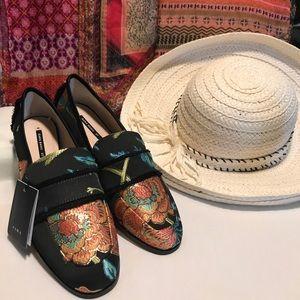 NWT Zara Basic shoes